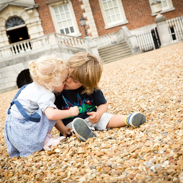 Noah's been asking for lots of kisses from Isla today! Too cute... #toddlers #wimpole