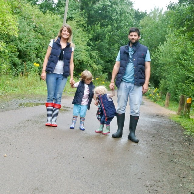 We had a fun morning of splashing in muddy puddles, it was so much fun! If you can't beat the weather, join it! #joules #puddlejumping