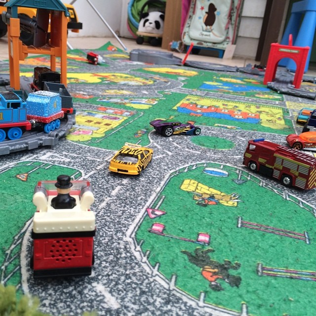 #invitationtoplay #cars and #trains can be played with together... #toddlers