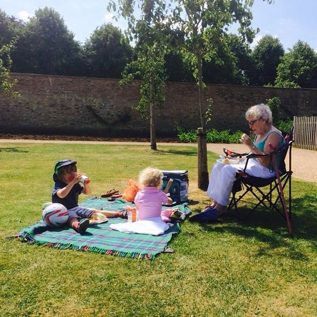 Looks like the kids had a lovely picnic lunch with Nanna & Great Grandma today. #jealous #toddlers #park #picnic