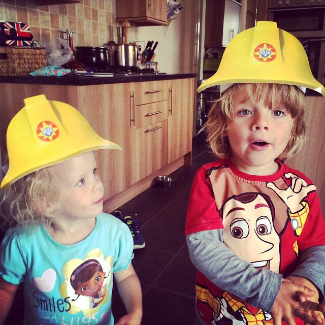 Noah and Isla enjoyed playing Fireman Sam whilst watching the new Great Escape DVD! #firemansam #dressup
