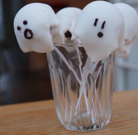 #Recipe – Spooky Halloween cake pops