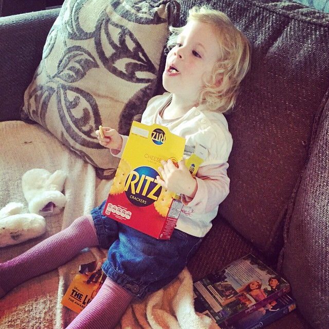 Isla loves Ritz! #fathersdaughter #funny #toddler