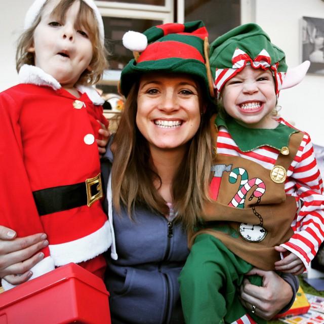 My #elfie with my babies... #festive #happy #selfie #christmas #fun #duvetday