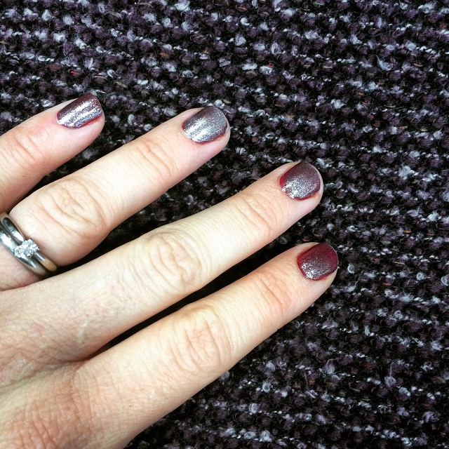 My nails match my dress perfectly today #nail #fashion #match #nailvarnish #winter #burgundy