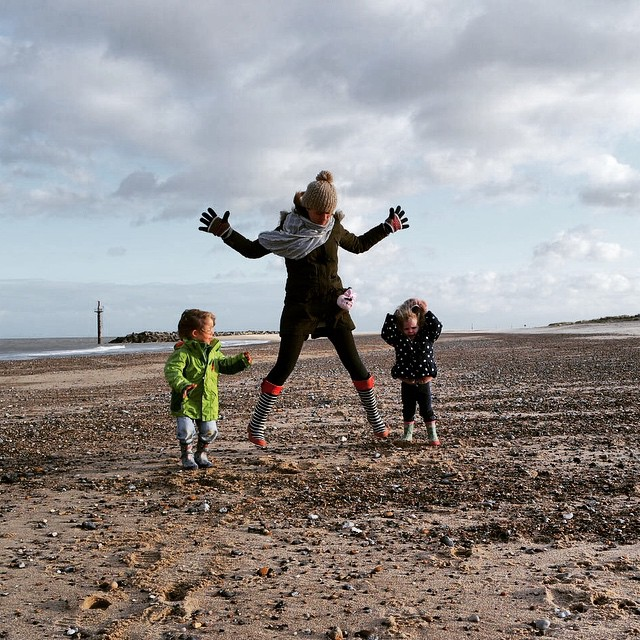 #nextfitfam @nextofficial #fitness #freshair #greatoutdoors #fun #family #jumping
