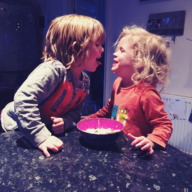They were being silly Billy's but I love seeing them laugh at and with each other. It's one of the most amazing mummy feelings... #parent #mummy #magical #children #laughter ?