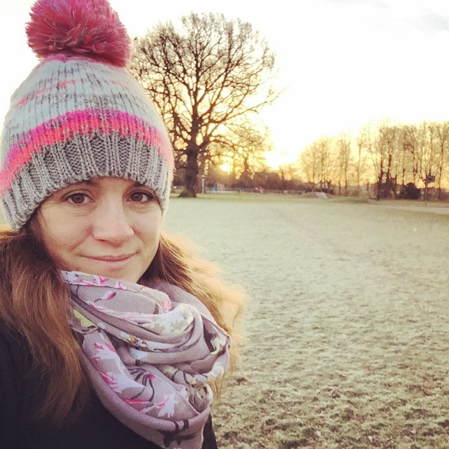 Morning from a very cold and frosty Cambridgeshire, I also have a cold boo! #frost #cold #chill #bobblehat #tooearly #wanttobeinbed ?