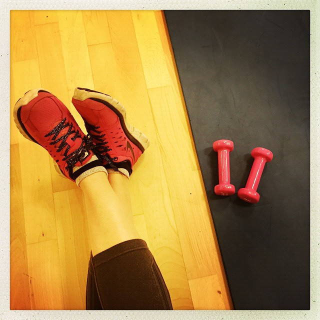 Waiting for my class... It's a combination of Pilates and aerobics. It's really helping my back and shoulder. Building up my core muscles. #fitness #gym #class #repair #help #healthy #workout #notoverdoingit #physiosaidso