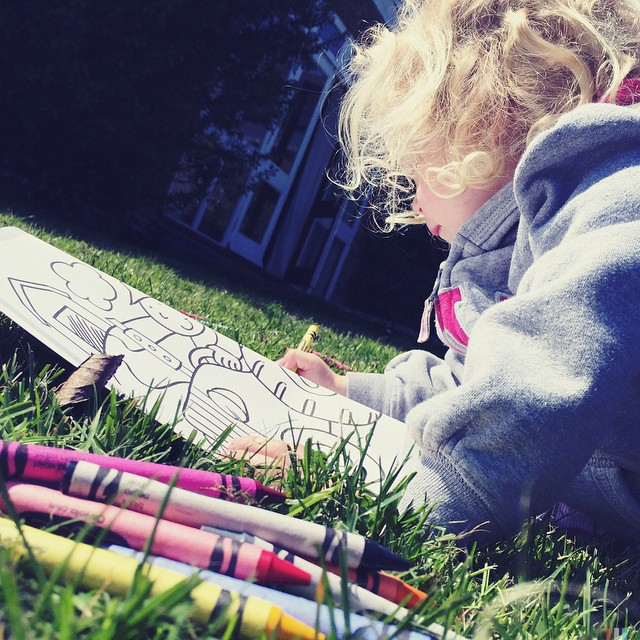 A perfect day for a picnic lunch... #colouring #picnic #outside #beautiful #sunshine #spring #springholiday #hallfarmcottages