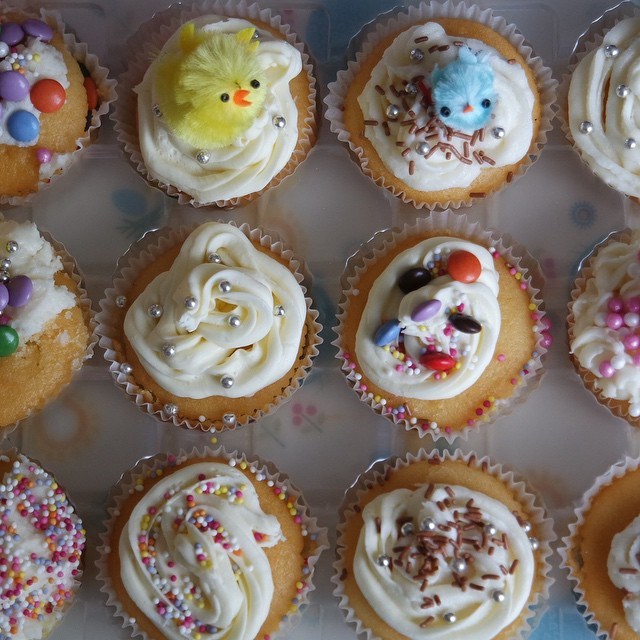 We've been busy making Easter cupcakes #family #cupcakes #baking #weekendfun #imgladitsraining #renshaw #easter