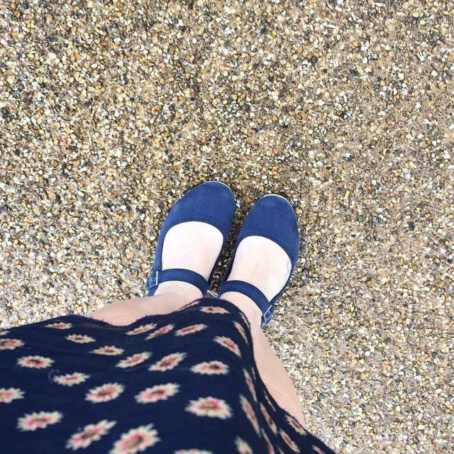 On reflection these little dolly shoes and summery dress wasn't my wisest  decision! #fashion #wrongchoice #wetfeet #coldlegs