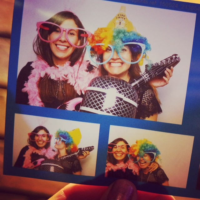 I love photo booths at weddings. Such a great idea! Dena actually had a photo taken too ? x