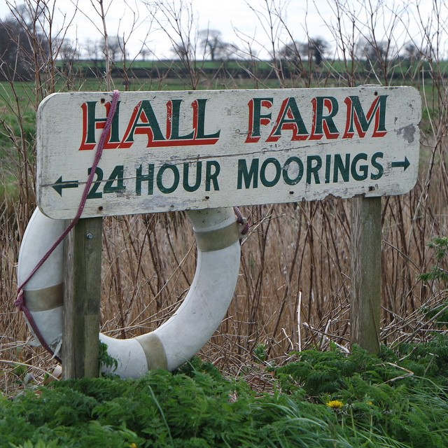 We've just spent a week at the lovely Hall Farm Cottages, http://youtu.be/I740pueij-A if you want a nice holiday in the broads then take a peek @hallfarmcottages #norfolk #travel #holiday #horning #broads #farm #lake #cottage