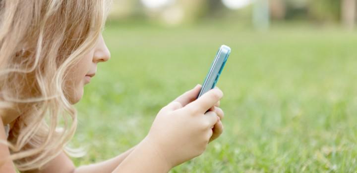 Social Media Use Amongst Kids – Is It Healthy?