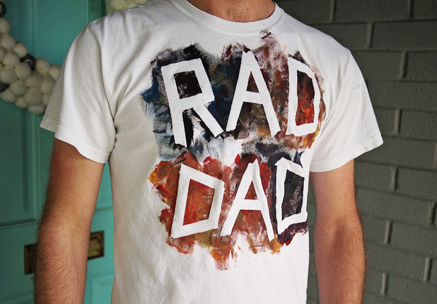 http://dallas.citymomsblog.com/diy-fathers-day-tee-shirt/